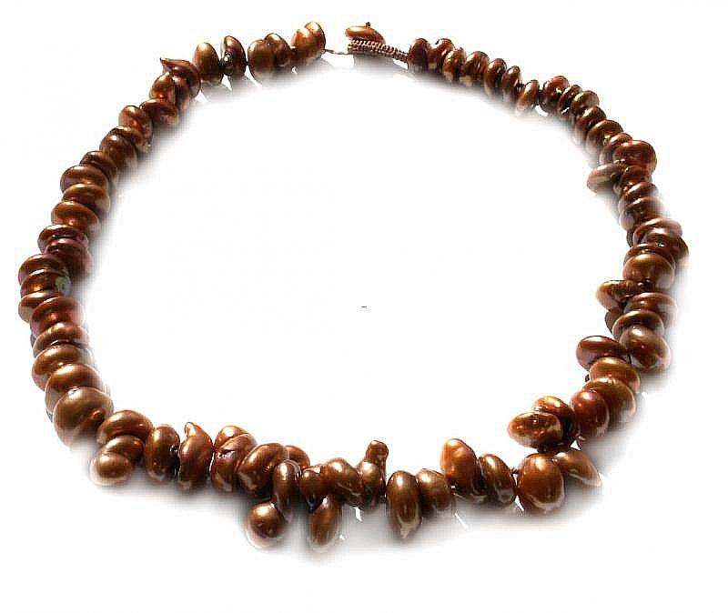 Naszyjnik, perły jasno brązowe hodowane, słodkowodne barok 10-20mm, supełkowany