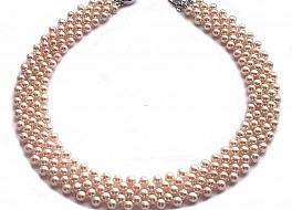 Naszyjnik obroża, perły łososiowe hodowane, słodkowodne okrągłe 4-4.5mm, zapięcie srebrne