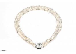 Naszyjnik potrójny, perły białe hodowane, słodkowodne okrągłe 5-5,5mm z zapięciem ze srebra rodowanego